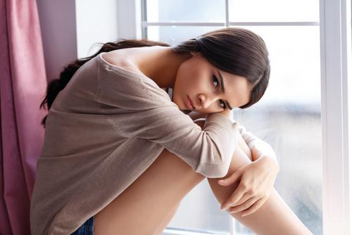 妊娠初期 腹痛 悩む